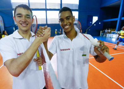 Atletas do Time Nissan 2.0, Ygor Coelho, do Badminton, e Hugo Ca